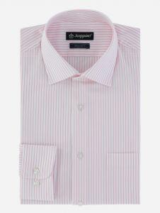 Camisa de vestir de rayas.